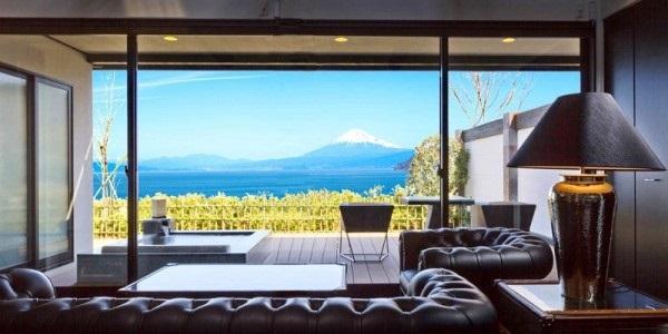 【無料宿泊券プレゼント】富士山を望む露天風呂付き130平米プラチナスイート