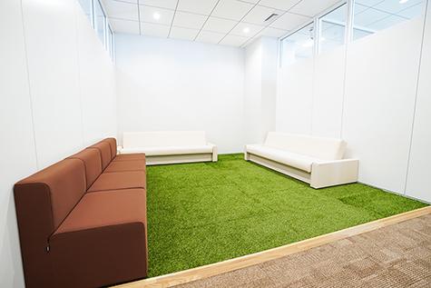 「楽天カード 仙台コンタクトセンター」 休憩スペース