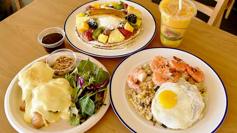 Cafe Morey'sでハワイの風を感じながら朝食を!