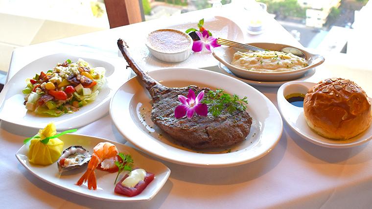 絶景レストランThe Signature Prime Steak & Seafoodで至福のひと時を!