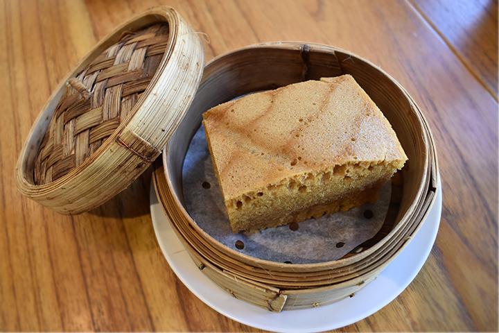 卵を贅沢に使った中国風蒸しケーキ(マーライコウ)