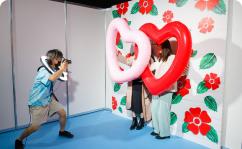 ガールズコーナーで体験できるヘアメイクの写真