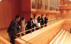 東京オペラシティコンサートホールの見学の写真